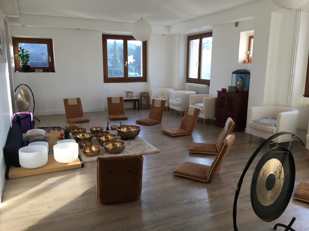 salle de m ditation espace energie 73. Black Bedroom Furniture Sets. Home Design Ideas